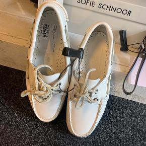 Sebago sandaler