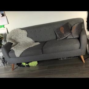 Næsten ny og meget lidt brugt sofa fra ide møbler.