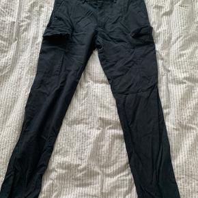 RESERVED bukser