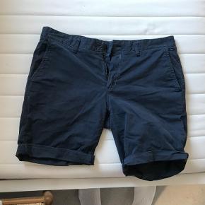 Tommy Hilfiger shorts let brugt  [Køb tre af mine varer og for den en gratis]