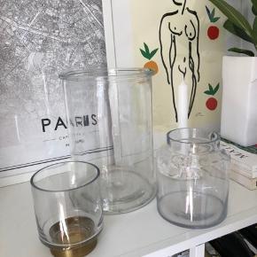 Alle 3 glasbeholdere / den lille er til fyrfadslys el lille bloklys  De sælges KUN samlet for 100,- afhentet   Den store Glasbeholder:  25 cm høj  18 cm i dia   Afhentes KUN. Bytter ikke.