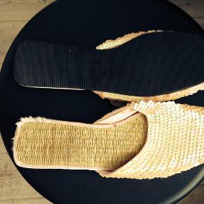 Varetype: Skønne lyserøde flade pailletsko Farve: Lyserøde Oprindelig købspris: 499 kr.  Skønne lyserøde flade pailletsko.
