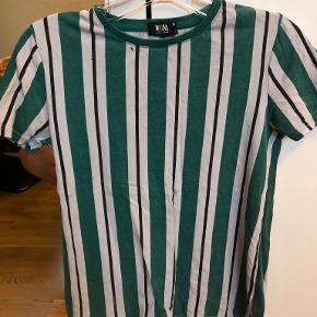 Mono t-shirt