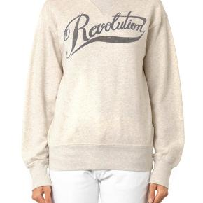 Sælger denne fine Isabel Marant sweatshirt. Den er blevet brugt et par gange men ikke noget blusen bære præg af:)
