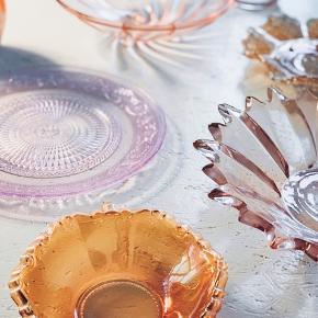 Farvet glas 🌈 spørg for mål og pris 🌸