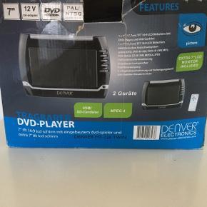 Dvd -afspiller  Dvd player til bil Auto car  Se dvd film på bagsædet   Stået tørt og er i fin stand   Sender gerne
