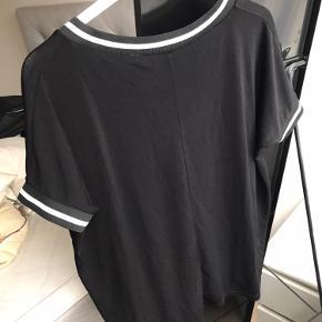 Sælger denne trøje i str. S/M