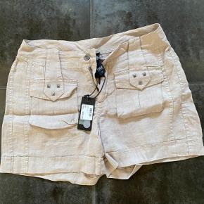 Nü shorts