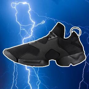 Adidas Y-3 Kohna Core Black size M (svarer til 37-39) 🖤 godt brugte men stadig rigtig flotte, skal bare lige renses lidt  ❌ læs min shop beskrivelse ❌