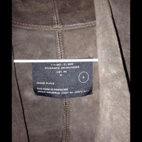 All Saints læder-jakke til salg normal pris 2600kr  Den er brugt en gang