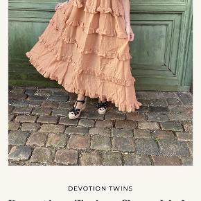 Devotion Twins kjole