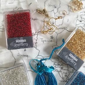 Forskellige dele som man skal bruge til at lave tassel øreringe, solid starterpack :)
