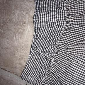 Ternet shorts