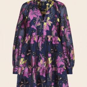 Stine Goya kjole, brugt en enkel gang, så er i perfekt stand :))