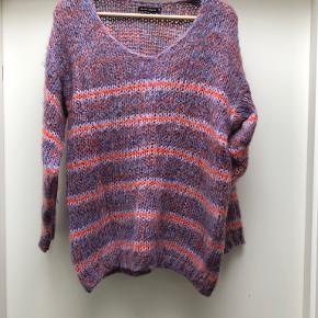 Black colour sweater