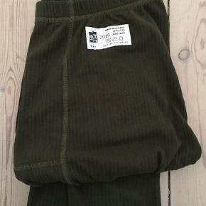 Lange underbukser/skiunderbukser i str. L fra Mads Nørgaard. De er helt nye, dog mistet deres tag. Kom med et bud :)