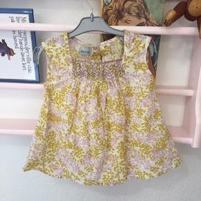 Sød kjole fra Mini A Ture, str. 3 måneder.  Se også gerne mine andre annoncer 😊