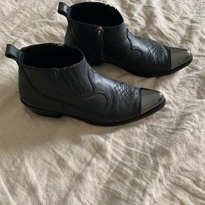 Anine Bing støvler