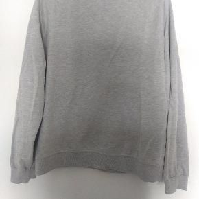 Lækker tynd sweater.