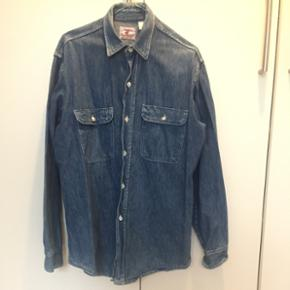 Vintage denim skjorte. str. medium.