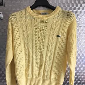 Fed retro sweater i lysegul