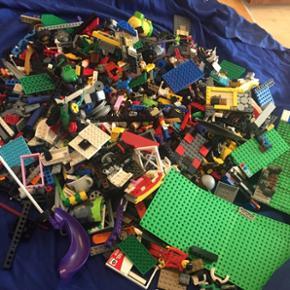 Alle LEGO har været dyre, da er 4,5 kg normal pris 500.kr min pris 400.kr går ikke længer ned i prisen