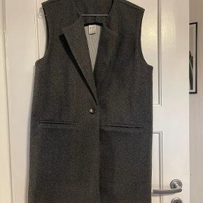 ONLY vest
