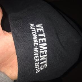 Hey im Selling my vetements hoodie Lowest Price- 152$  New Price- around 760$ but bught it on sale