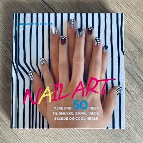 En bog om hvordan man laver flotte negler og designer dem sælges  Mp 30kr Fremstår som ny