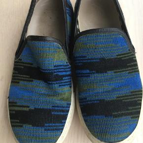 Varetype: Loafers Farve: Ukendt Oprindelig købspris: 2700 kr. Prisen angivet er inklusiv forsendelse.  null