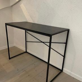 Ilva skrivebord