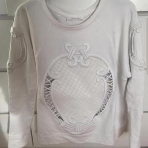 Zara bluse Farve: Hvid  Super fed anker bluse fra Zara str m.