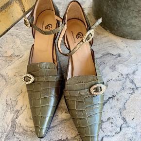Lækker sko med lidt bling 😉