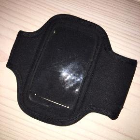 Løbearmbånd til iPhone 5 eller en noget mindre end 7x12 cm. BYD