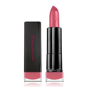 Max Factor matte velvet lipstick i farverne 05 Nude og 20 rose. Kun prøvet - er sprittet af. Nypris 119 kr. Per stk. Sælges for 80 kr stykket eller 150 kr for begge.   Se også mine andre annoncer🌸