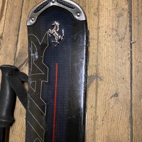 Sorte Ferrari slalom/carving ski Brugte men har fået service siden sidste brug (Sidste år)  Skistave sælges med