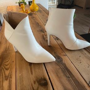 BEBO heels