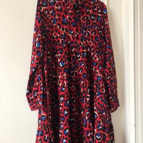 Lilie Rose kjole