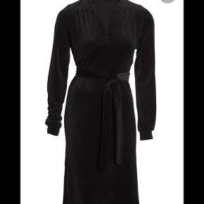 Gentlemen's Affair kjole