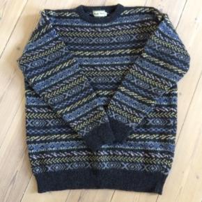 Vintage uld sweater. Passer en s/m/lille l.