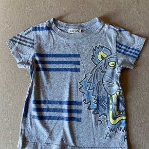 Kenzo kids  Tshirt brugt meget lidt- som ny i forvasket look Str 98.