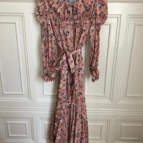 Horror Vacui kjole