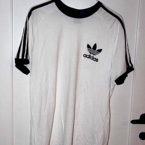 Den originale fra Adidas. Brugt meget få gange.