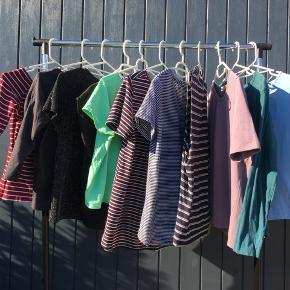 Blandede T-shirts/bluser i str Xs-Xl. Skriv for nærmere info 🙌🏼  Alle er i god stand og alle sælges billigt!   🌞SOLGT nr 4 sort med tekst  🌞SOLGT nr 6 Rød/blå t shirt