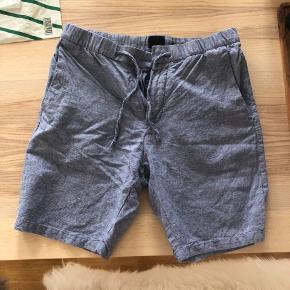 Helt nye shorts fra H&M.