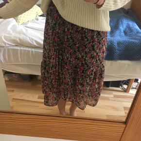 PIECES nederdel