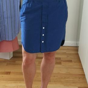 Super fin sommer-nederdel. Brugt én gang.  Nypris 800 kr.  Rabat ved køb af flere af mine ting!