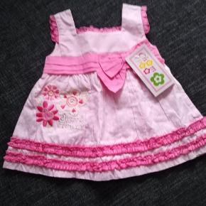 Så sød kjole.