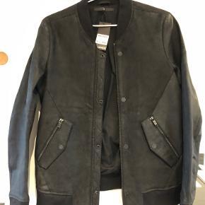 Junk De Luxe skind- & læderjakke
