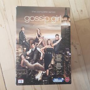 Gossip Girl, alle sæsoner   Afhentes i Aalborg